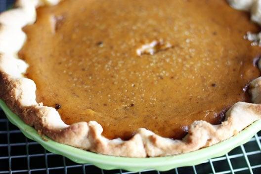pumpkin pie made with pie crust with shortening