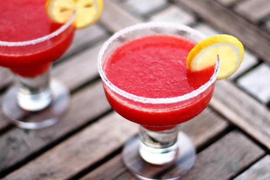 Easy Strawberry Daiquiri Recipe