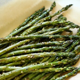 Simple Roasted Sesame Asparagus