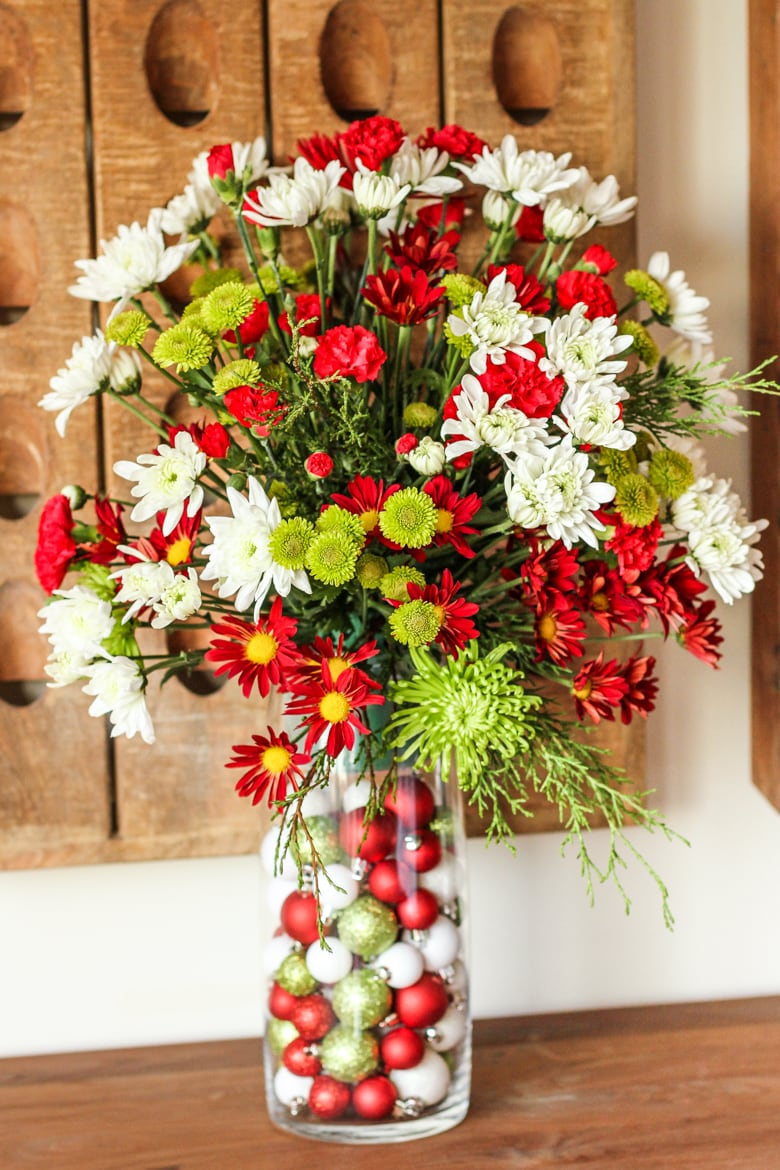 Easy Flower Arrangement for the Holidays and Beyond ...