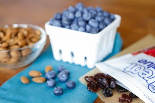 9 Healthy & Budget-Friendly Road Trip Snacks