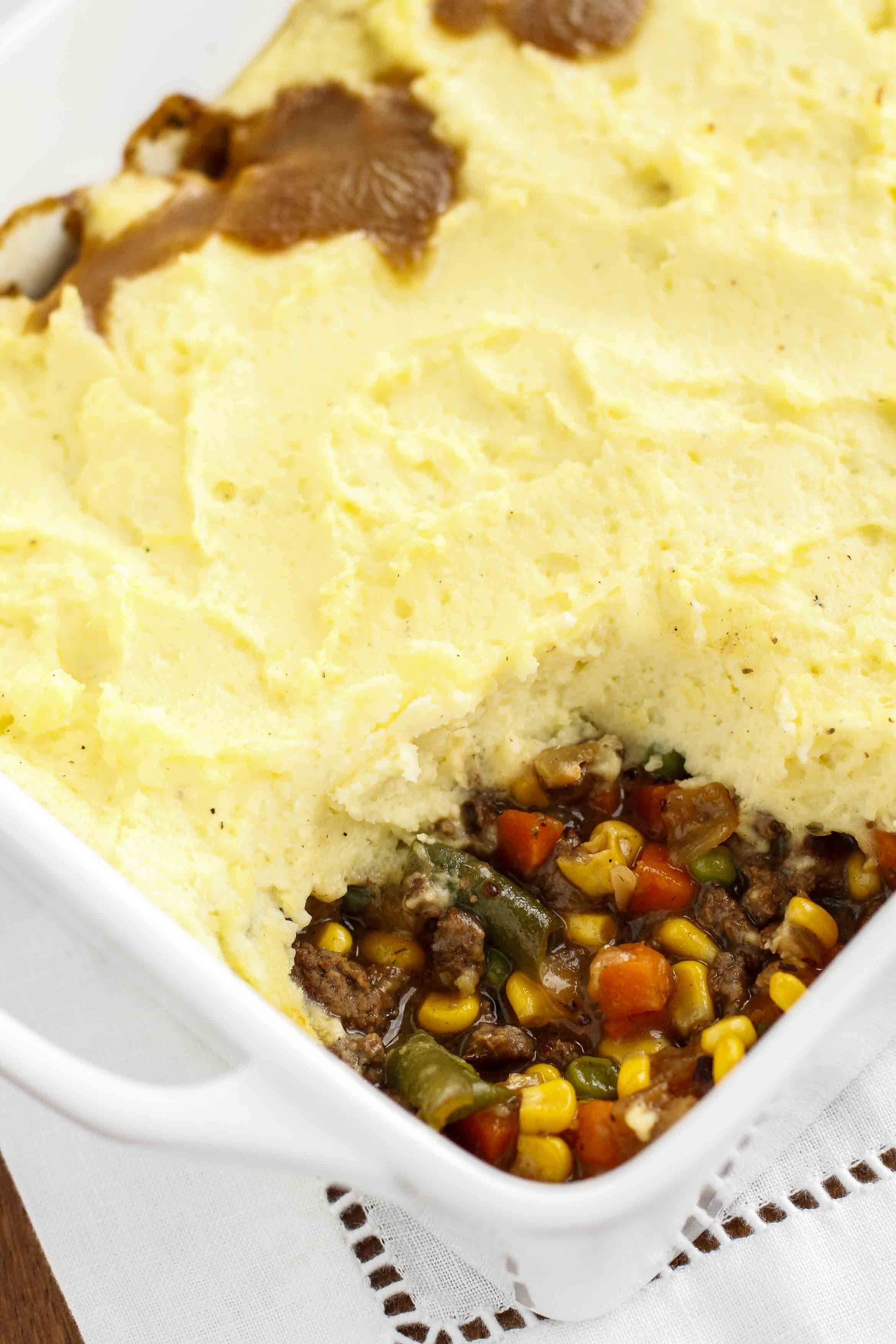 Shepherd's Pie Recipe -- shepherd's pie is a fabulous comfort food, as well as one of my favorite ways to use up leftover mashed potatoes! | unsophisticook.com