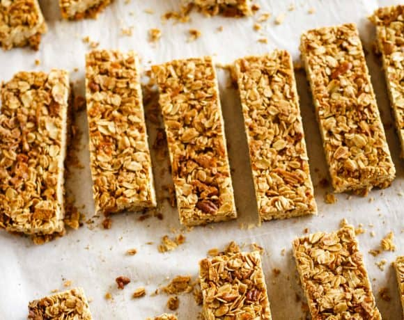 Crunchy Homemade Granola Bars | Plus 4 More Mom-Tested Kid-Approved Healthy After School Snacks