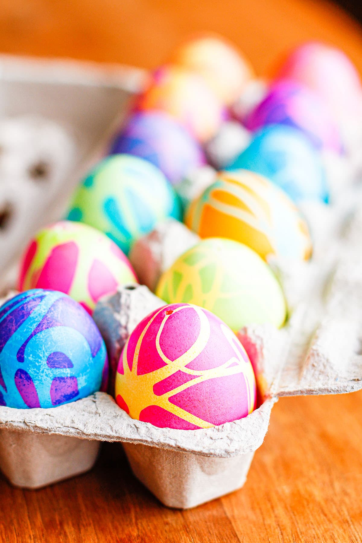 egg coloring ideas with Betty Crocker gel food coloring