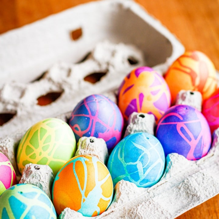 How To Color Easter Eggs With Rubber Cement