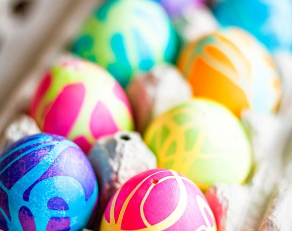 how to dye easter eggs with diy easter egg dye