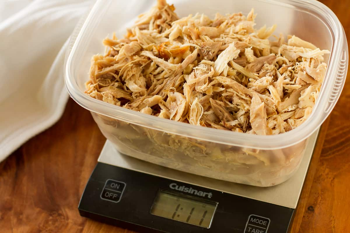 How To Shred A Rotisserie Chicken -- these tips will make shredding a rotisserie chicken quick, easy and less messy! Shredding your own rotisserie chicken saves you money and gets dinner on the table in a flash…   via @unsophisticook on unsophisticook.com