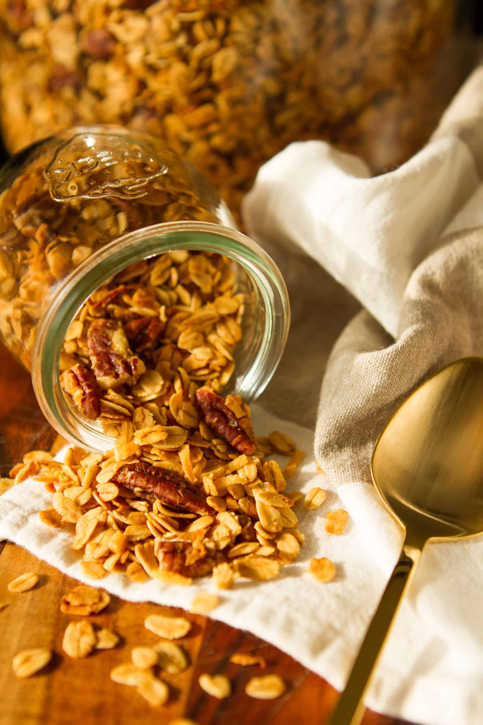 Homemade Granola Recipe -- this amazingly easy granola recipe boasts just 5 simple ingredients, each carefully chosen for maximum flavor and texture. So buttery, crunchy and utterly delicious, you won't be able to keep your hands off of it!