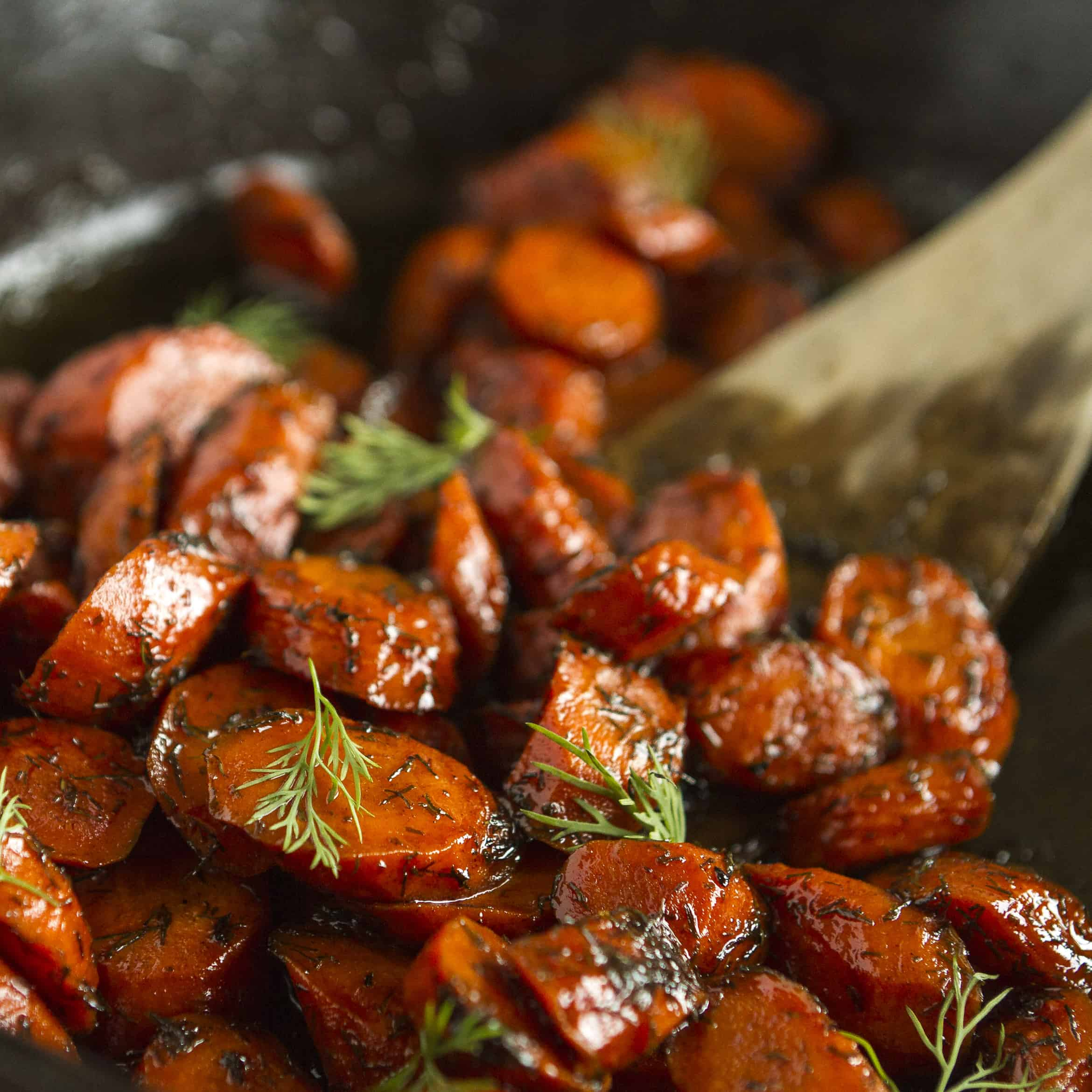 Roasted Carrots -- this roasted carrots recipe is sure to get the whole family to eat their veggies! Just 4 simple ingredients: brown butter, carrots (of course), honey and dried dill. Totally amazing!!!   via @unsophisticook on unsophisticook.com