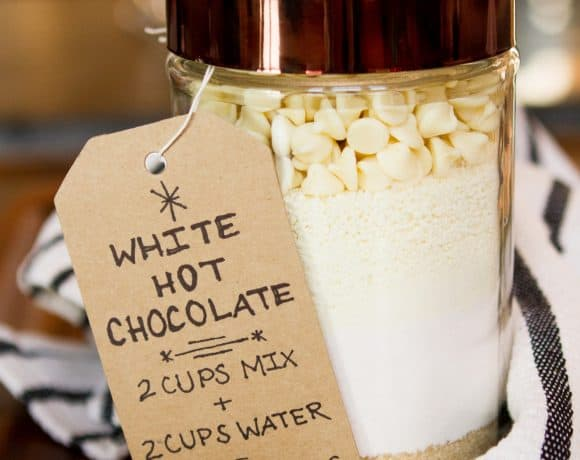 Decadent White Hot Chocolate Mix | Mason Jar Gift Idea