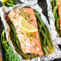 Lemony Garlic Butter Grilled Salmon In Foil Packets
