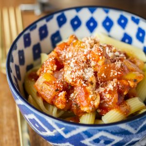 Kitchen Sink Pasta -- this simple recipe template produces the easiest weeknight pasta dish ever… Tasty and nearly foolproof!   easy pasta dishes   healthy pasta dishes   simple pasta dishes   pasta dish recipes   30 minute meals   get the recipe on unsophisticook.com