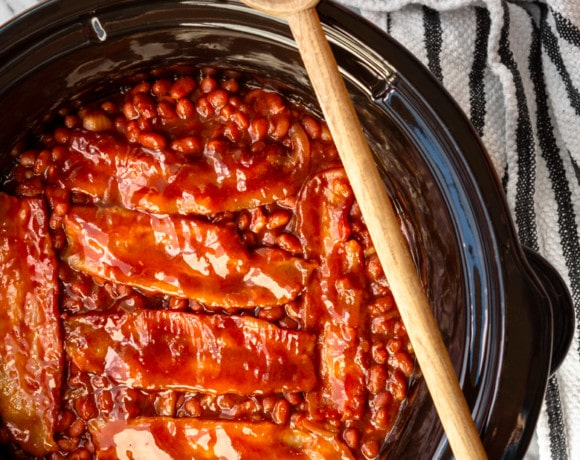 crockpot baked beans with bacon and brown sugar