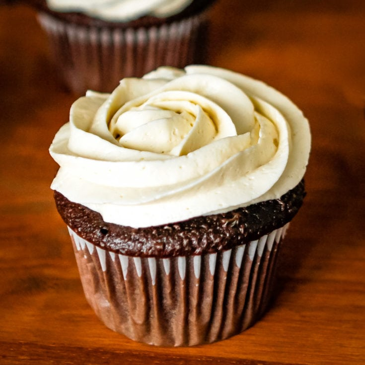 The BEST Whipped Buttercream Frosting 4 Ingredients Unsophisticook