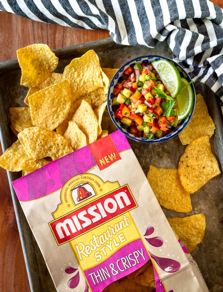 pineapple salsa recipe with mission tortilla chips