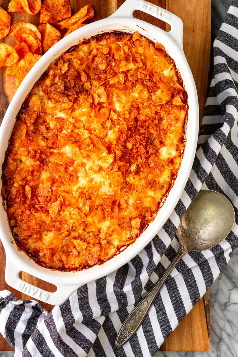 easy baked baked macaroni and cheese casserole with crushed potato chips topping