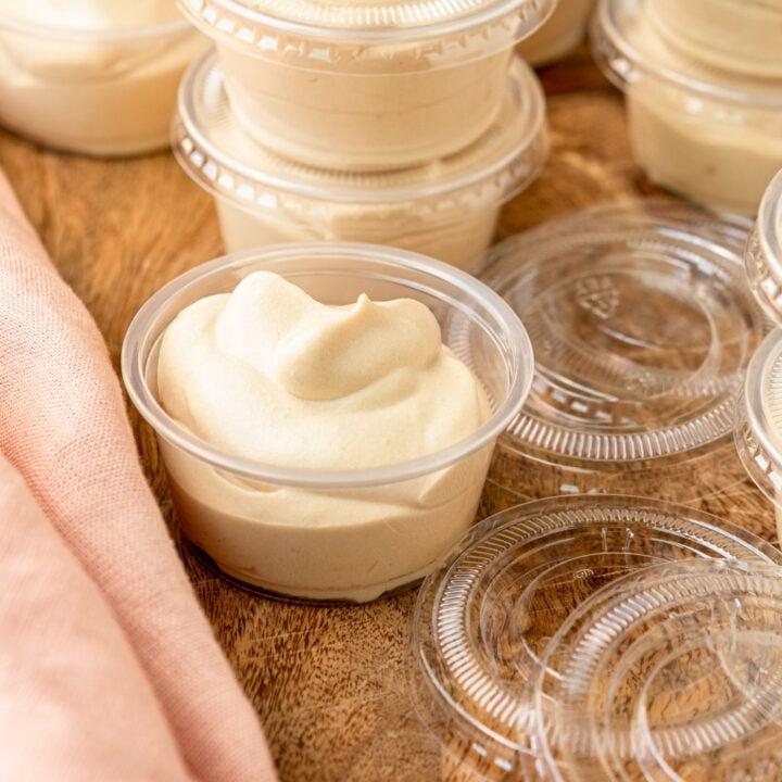 white russian pudding shots recipe in plastic condiment cups